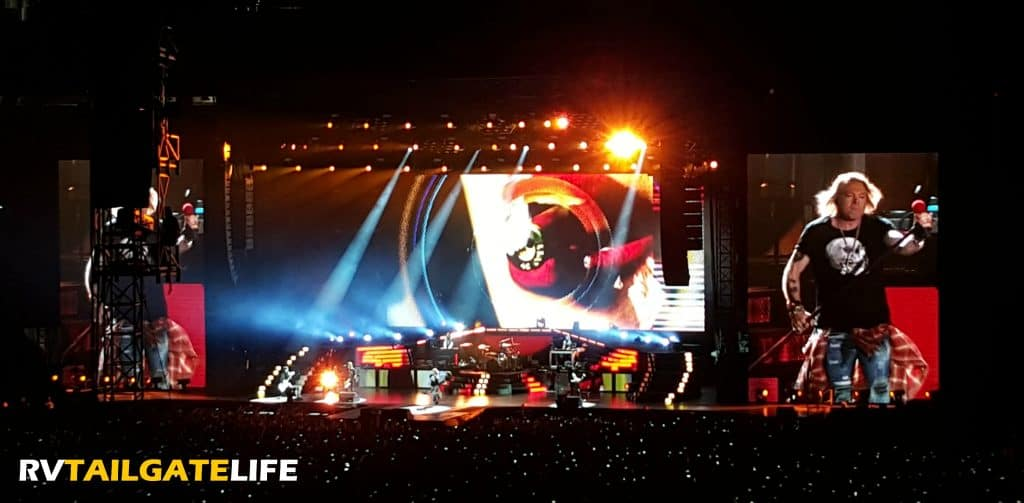 Guns N Roses at the Georgia Dome, Atlanta, July 27, 2016