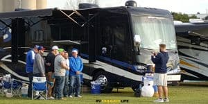 Jacksonville Tailgating - Wonder if the Kentucky fans realized that the guy they asked to take their picture was a GT player