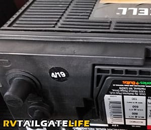 Purchase the most recently manufactured RV battery to ensure long RV battery lifespan